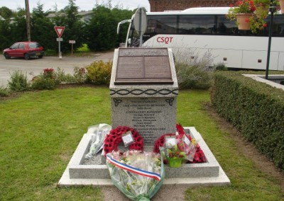 Monument in Iron with Wreaths